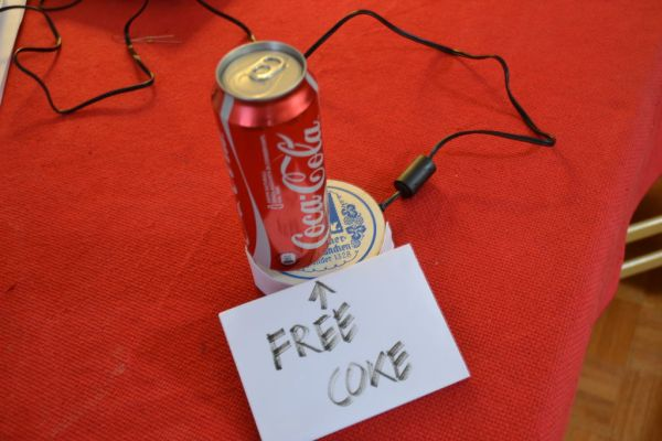 Arduino alarmed Coke can