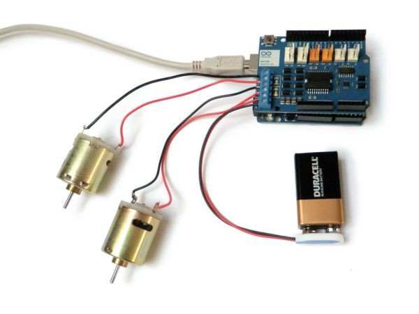 Arduino Motor Shield connecting two motor