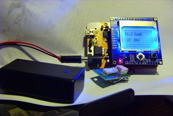 Arduino Nokia LCD & Sensors