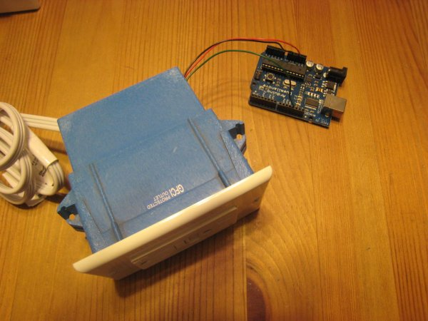 Arduino Controlled Relay Box