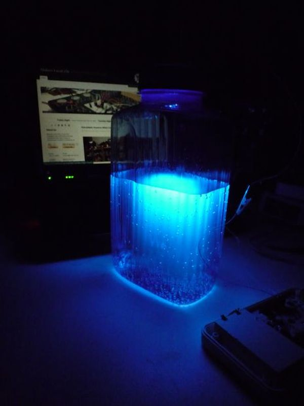 Ultraviolet nightlight, ingredients and setup