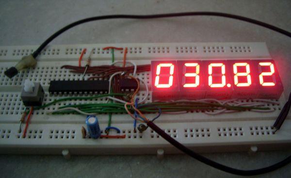 7 Segment Digital Thermometer