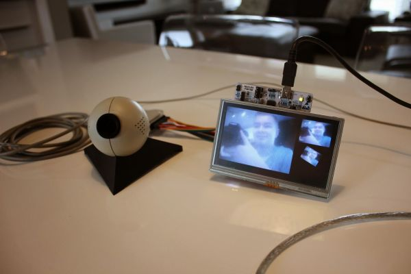 FT800 with Streaming Video on Gameduino 2