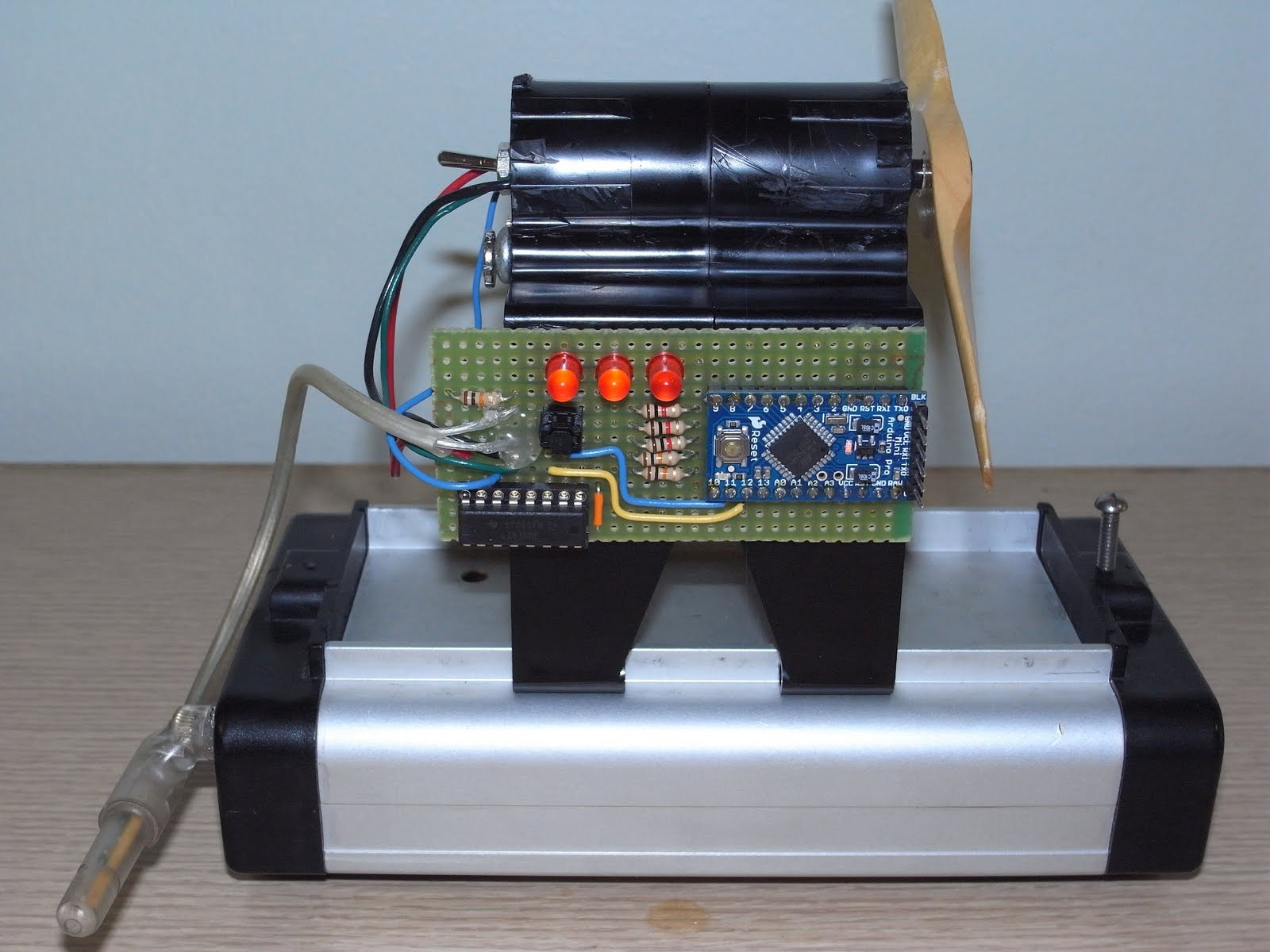 Arduino-Controlled Physics Lab Fan-Cart