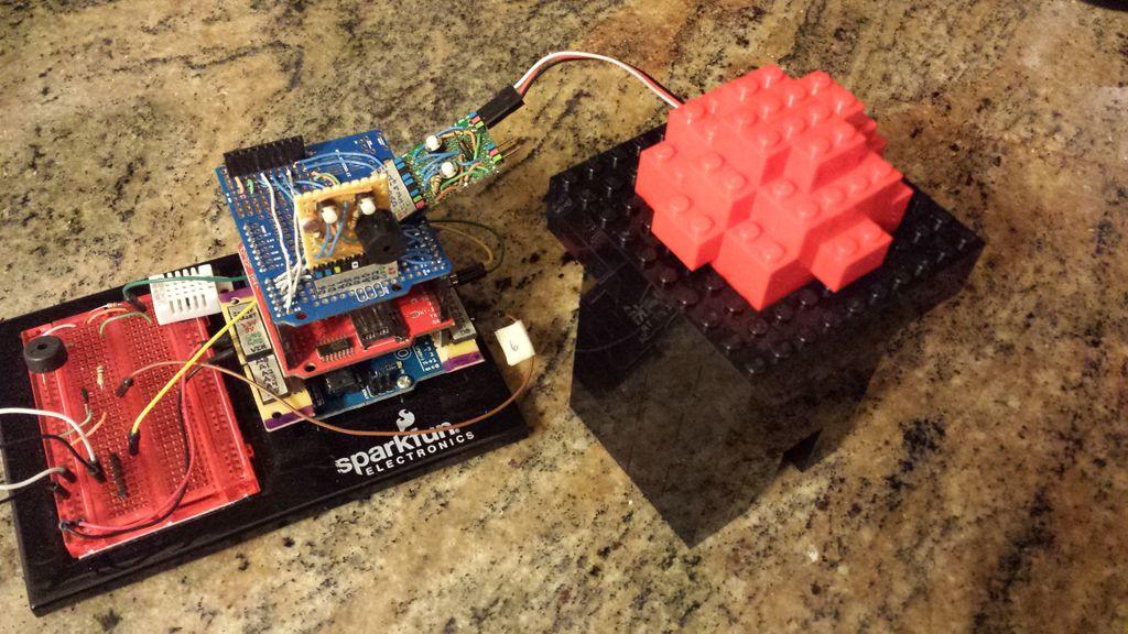 Arduino or Twitter Mets Apple circuit