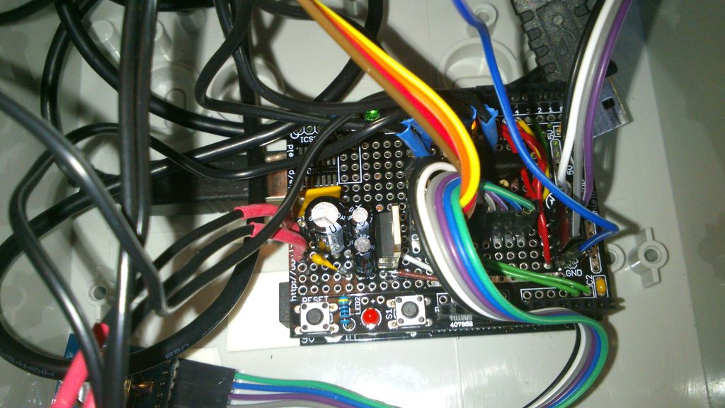 Bird cage LED daylight simulation system circuit