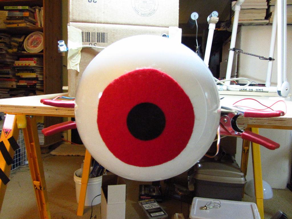 Huge Arduino Animatronic LED Eyeball using arduino