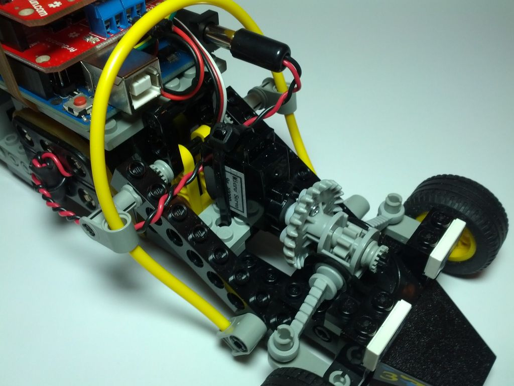 Lego Technic Car with Arduino + XBee Wireless Control circuit