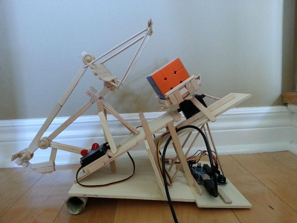 Rubik's Cube Solver using arduino