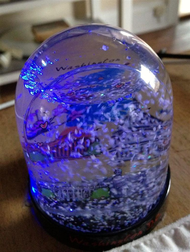Smart Snow Globe (gives snow day alerts) using arduino