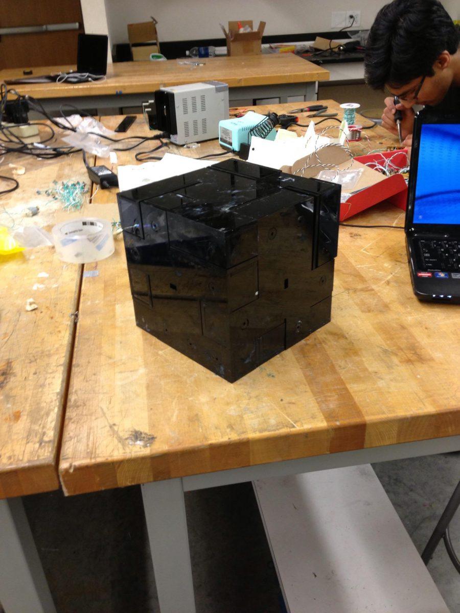 A 3D Vibration Jigsaw Puzzle