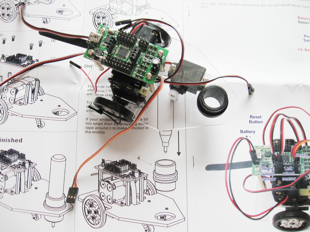Building a Doodle Bot kit from DAGU circuit