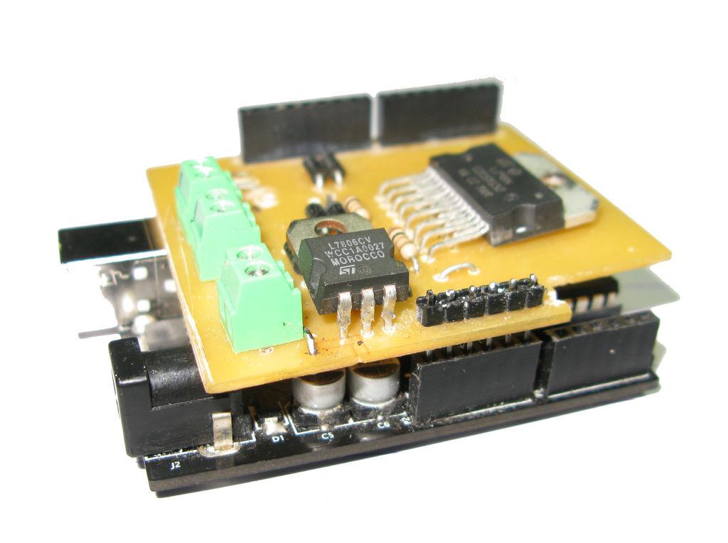 DIY Arduino Motor Shield