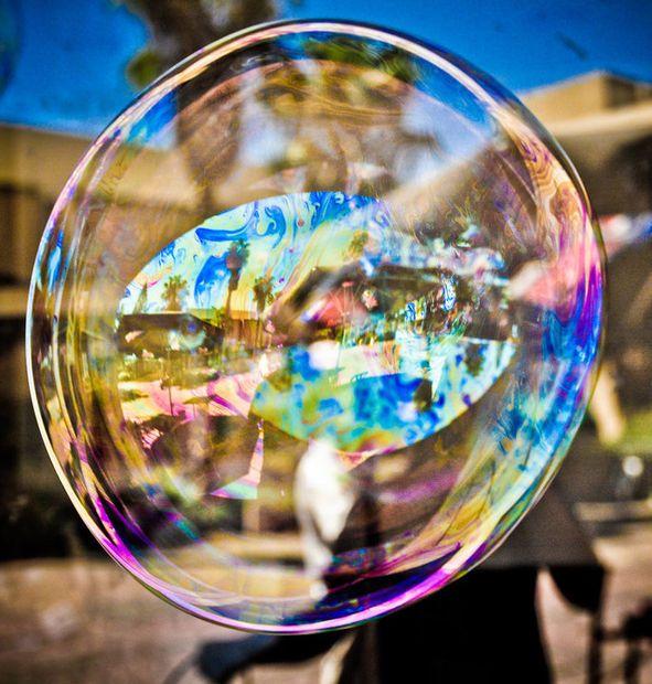 Gigantic Bubble Generator