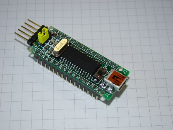 PICnano breadboard based on PIC18F2550