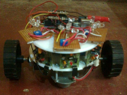 Light and obstacle detecting bot