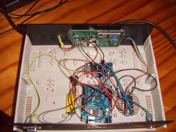 Simple Arduino Wireless Mesh Schematic