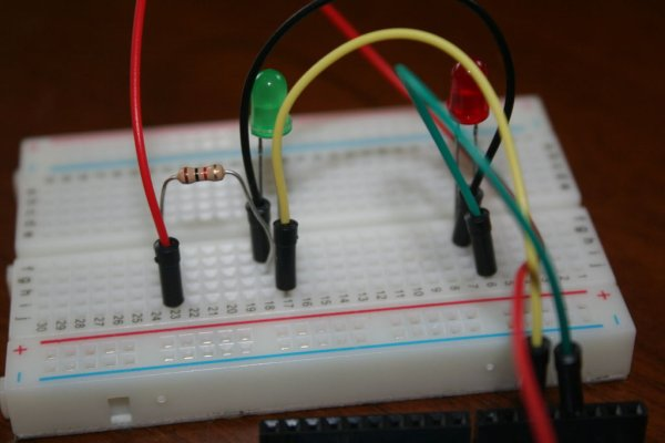 Control Two LEDS with an Arduino and bitVoicer