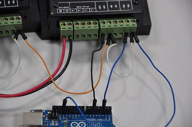 640px-Arduino_Wire_009