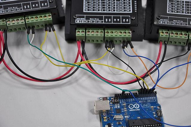 640px-Arduino_Wire_012