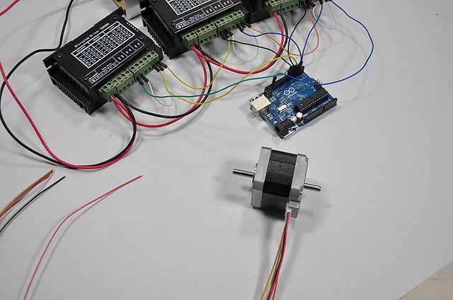 640px-Arduino_Wire_014