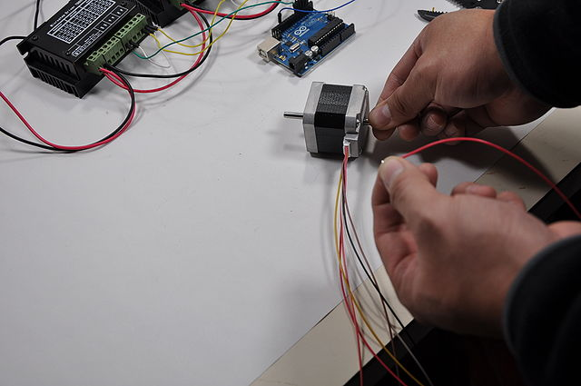 640px-Arduino_Wire_015