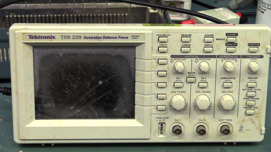 EEVBLOG #690 – TDS220 OSCILLOSCOPE AUTOPSY
