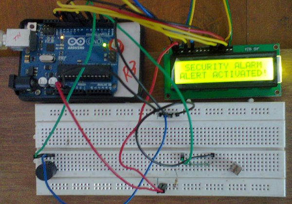 Arduino Security Alarm with Reed Switch