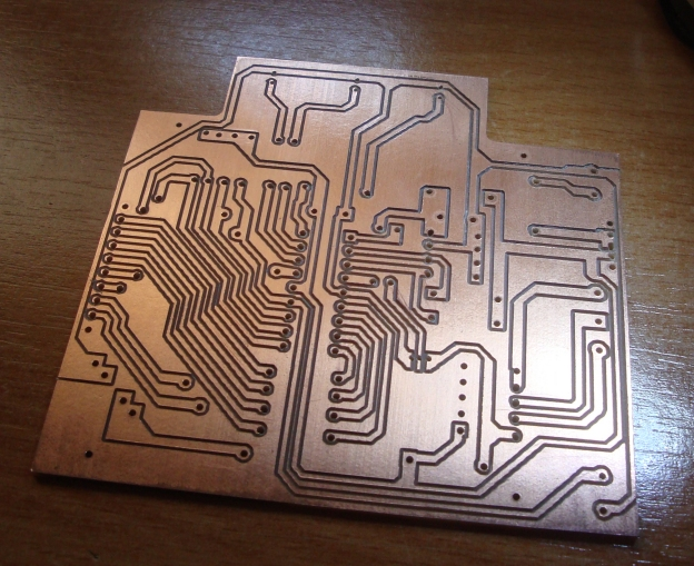 PCIs pelo método CNC - Making PCBs with CNC