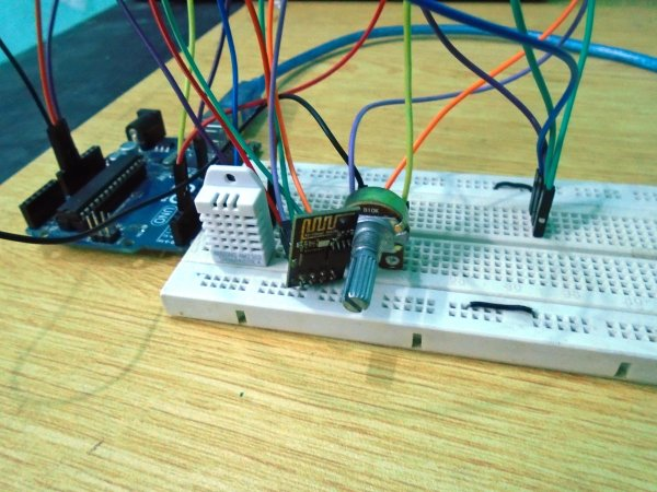 Weather-Station-using-Arduino-Web-Server-IoT