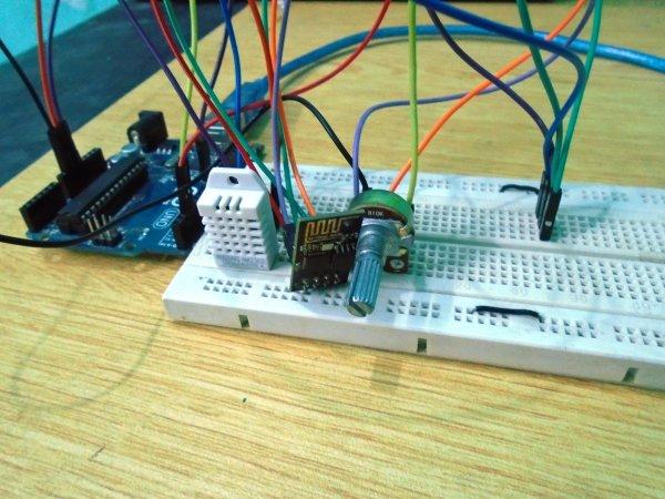 Weather-Station-using-Arduino-Web-Server-IoT