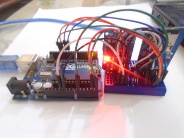 temperature-logger-finished-768x576
