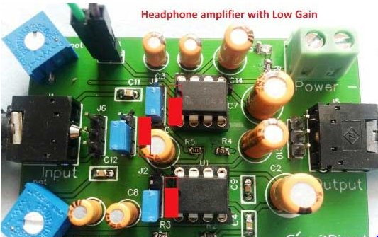 Headphone amplifier with low gain