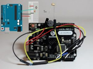 Arduino – Laser Tripwire Alarm System -Use Arduino for Projects