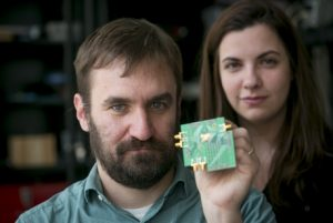 Send & Receive Radio With A Single Chip