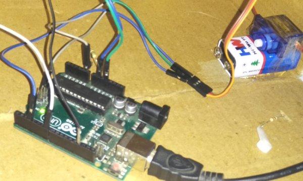 Smart Knock Detecting Door Lock using Arduino