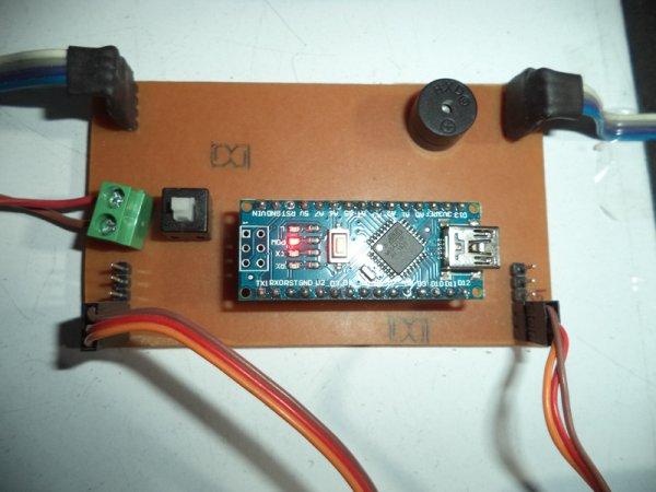 Automatic Railway Gate Control Using Arduino & IR Sensor