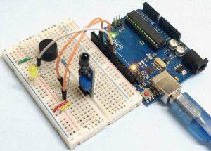 Flame-Sensor-Interfacing-with-Arduino
