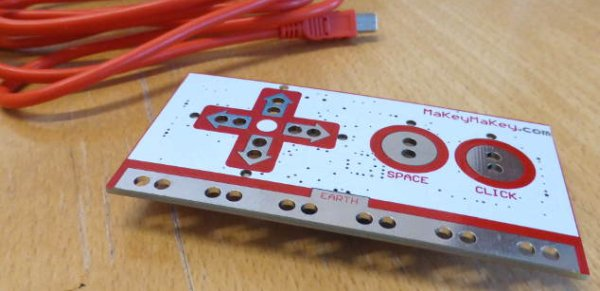 Guildford-Makerspace-MakeyMakey using Pic-microcontroller
