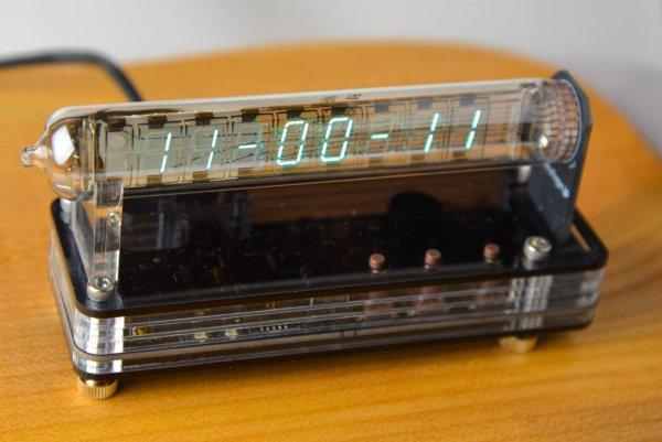 VFD Modular Clock IV-18 SMT