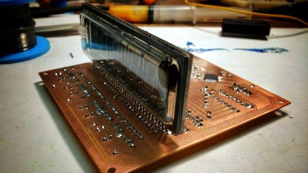 SCRATCH BUILT VFD CLOCK