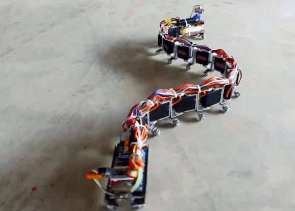 Arduino-snake-robot-kit-can-be-controlled-via-your-smartphone