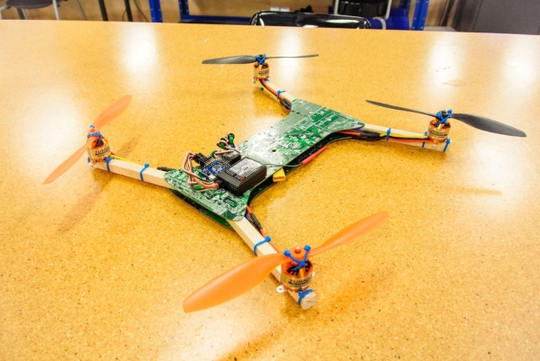 Recycled-Motherboard-RC-Quadcopter