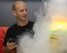 THIS DRY-ICE POWERED FOG MACHINE IS PERFECT FOR HALLOWEEN