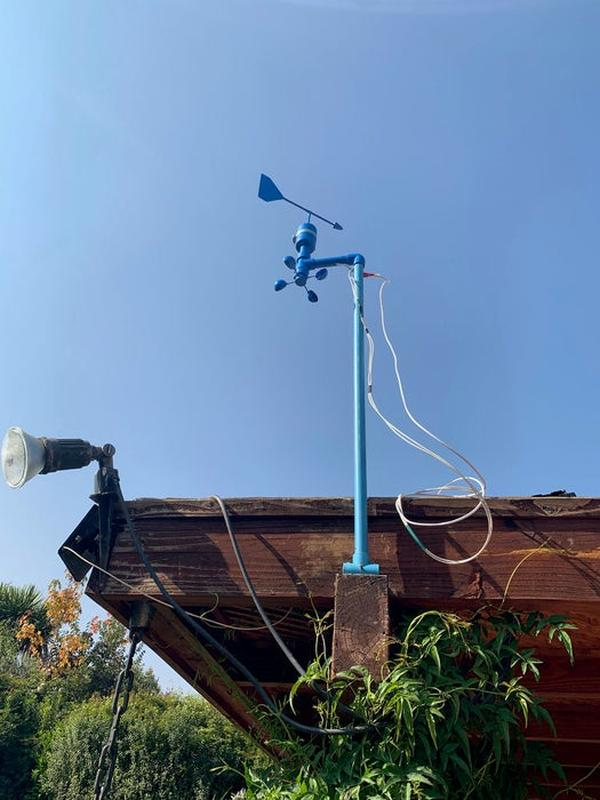 How-to-Build-Your-Own-Anemometer-Using-Reed-Switches-Hall-Effect-Sensor-and-Some-Scraps-on-Nodemcu