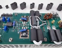 WELL-ENGINEERED RF AMPLIFIER POWERS HAM RADIO CONTACTS