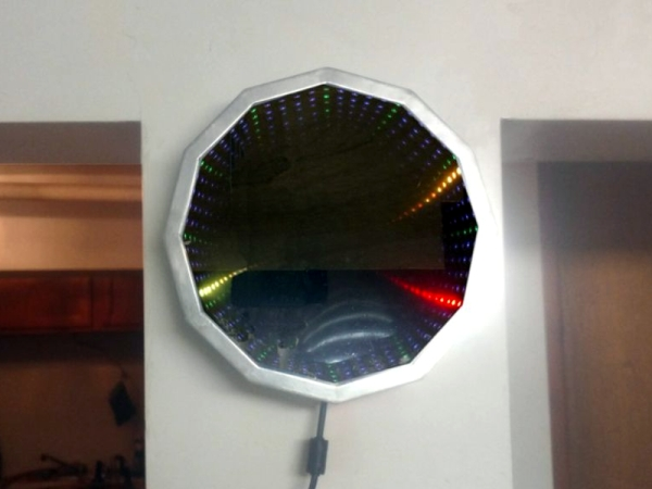 IT'S-ABOUT-TIME-WE-SAW-ANOTHER-INFINITY-MIRROR-CLOCK