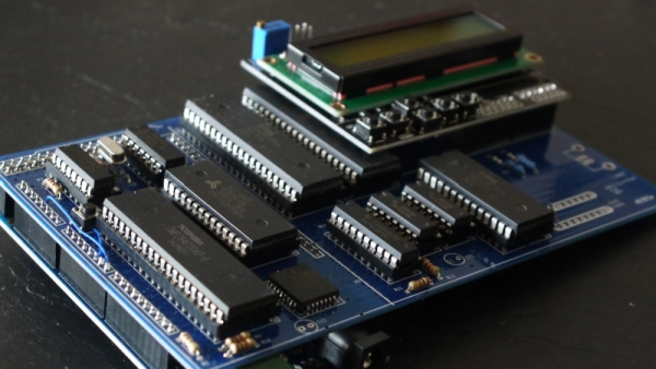 Z80 COMPUTER IS BOTH ARDUINO AND SHIELD