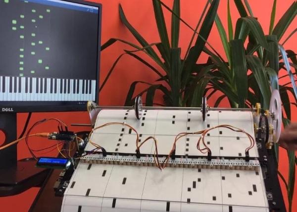 DIY-barrel-piano-powered-by-Arduino