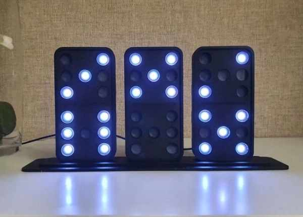 DIY Arduino domino clock